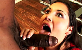 Slutty Wife Satisfied her Nymphomaniac Nature with Huge Black Pecker