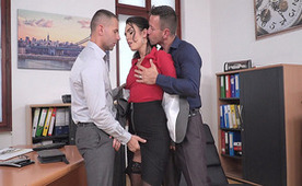 Deepthroating Her Colleagues For Being Promoted Into High-Level Whore